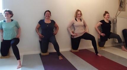 Undervisning i Yoga rummet i Diernæs